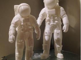 宇航员002